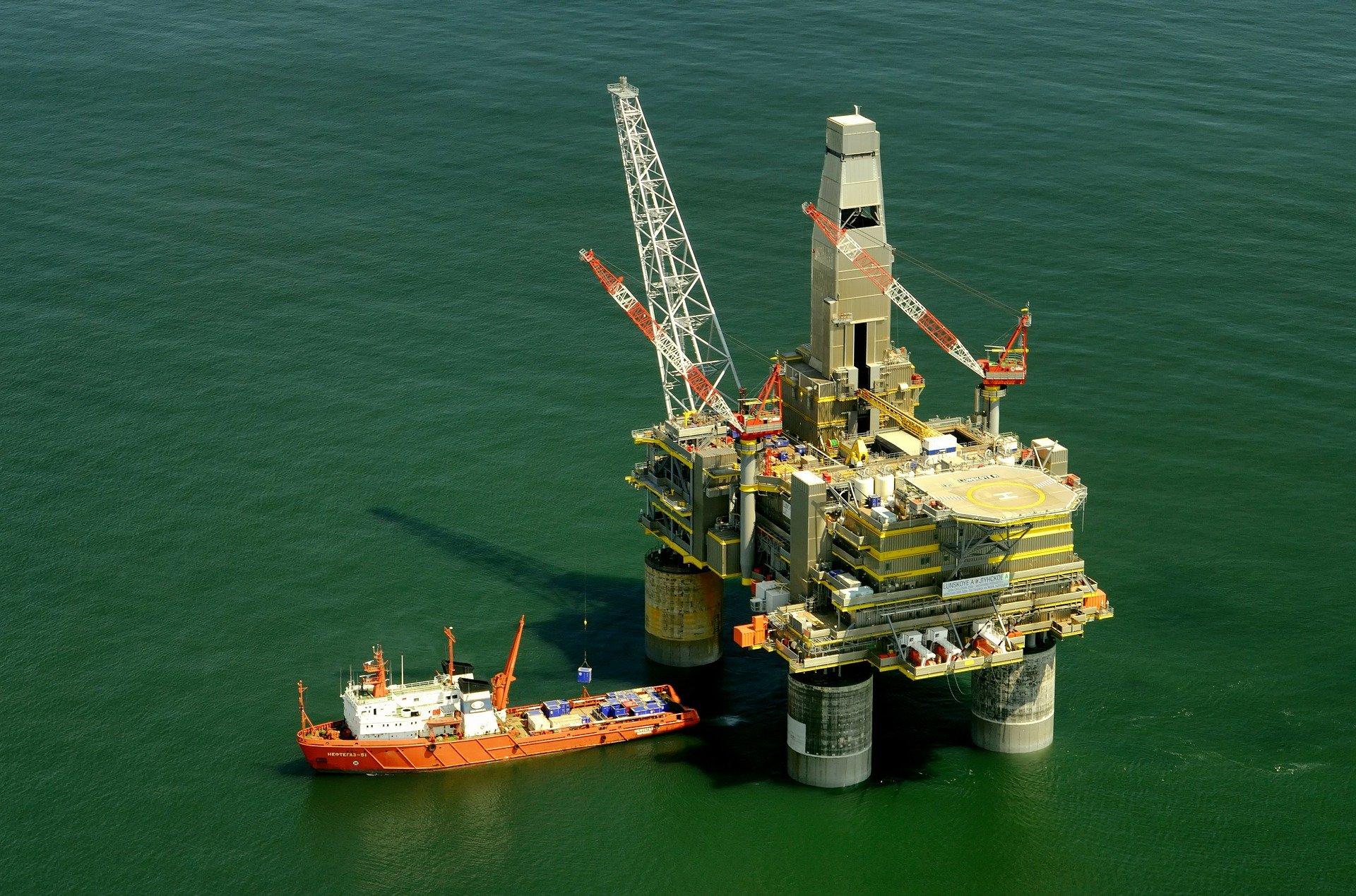 State authorities must take responsibility for 2011 Kolskaya oil rig disaster